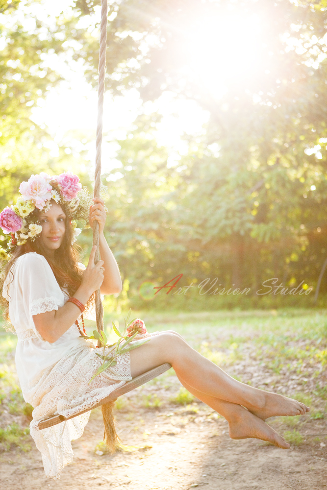 vintage photoshoot ideas, tire swing, outdoor photo scenes